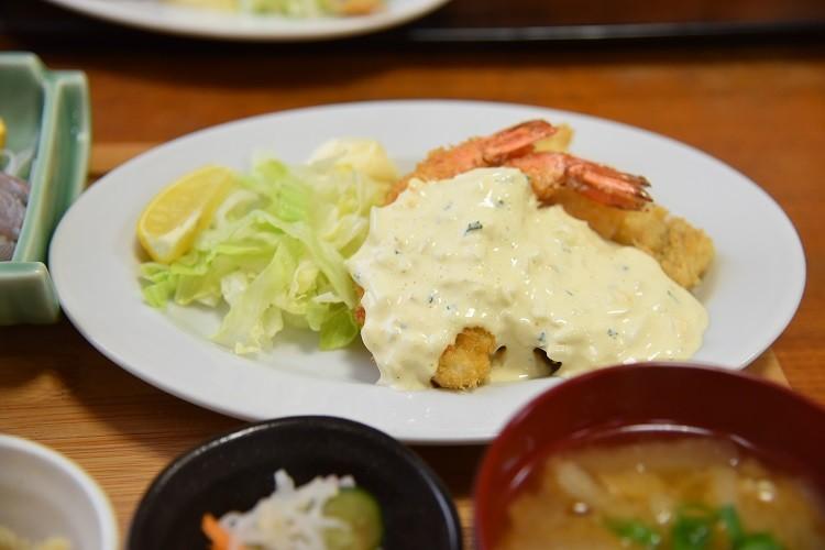 タラ&エビのフライタルタルソース@上町食堂