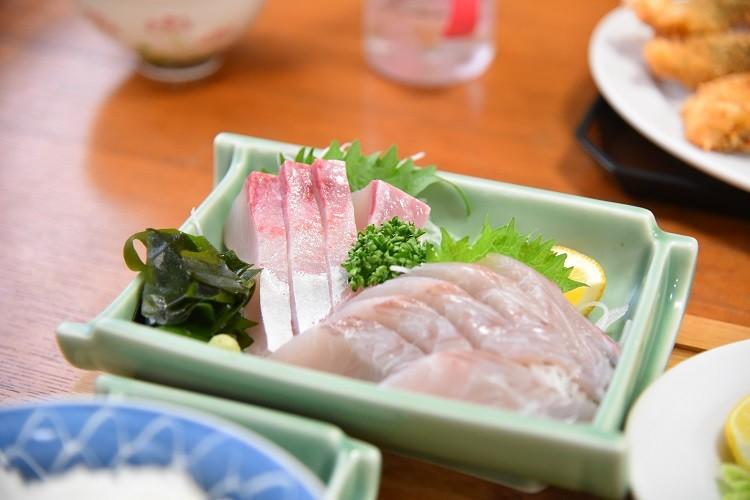 カンパチ&サゴシのお刺身@上町食堂