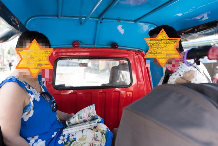 トゥクトゥクの車内@パトン