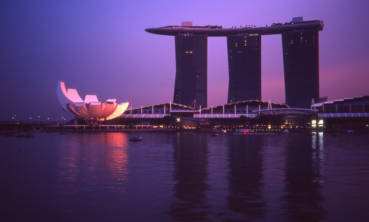 photo credit: Marina Bay Sands via photopin (license)