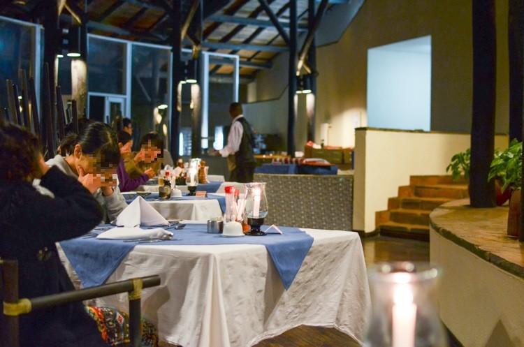 レストラン@MPATA SAFARI CLUB-2