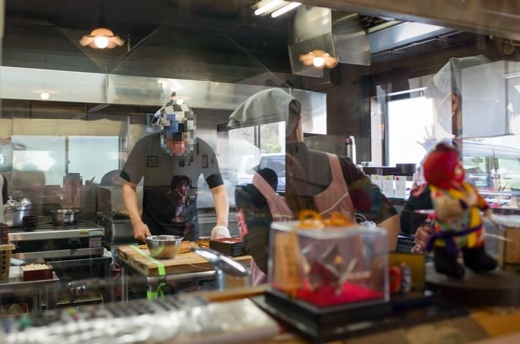 厨房@かね春