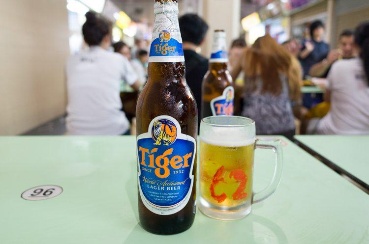 タイガービール@オールドエアポートロード・フードセンター
