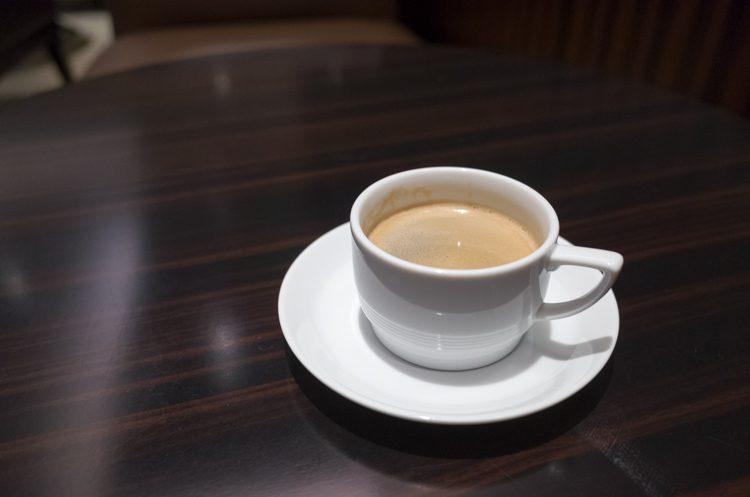 コーヒー@JALファーストクラスラウンジ