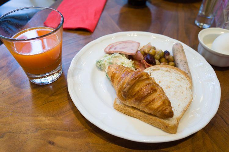 朝食@LAVAROCK-3