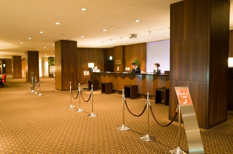 フロント@シェラトン都ホテル東京