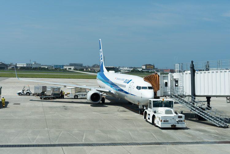 Boeing737-800@ANA1883