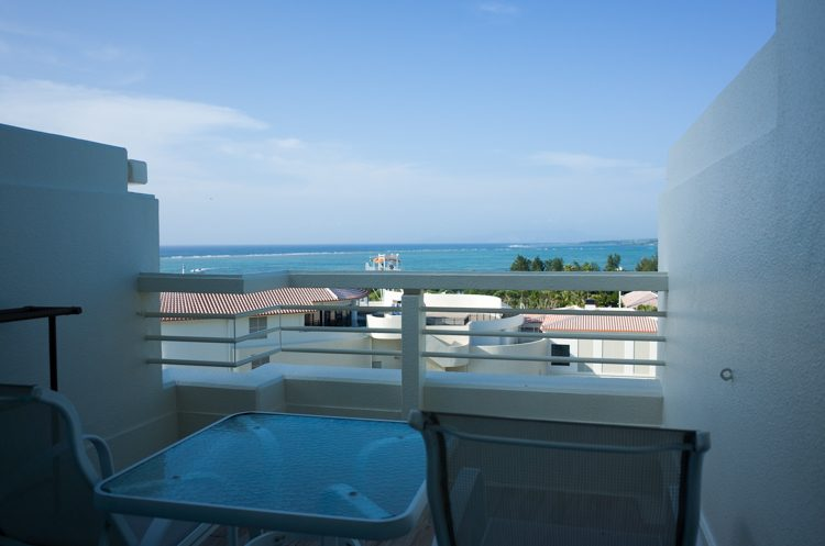 客室からの眺め@シェラトン沖縄-1