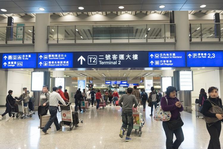 ホテルバス乗り場への行き方@香港国際空港-2
