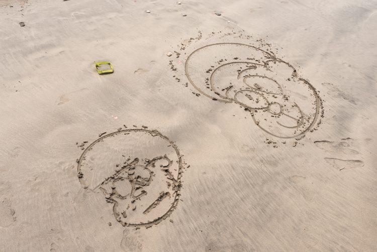 ジンバランビーチで海遊び-7
