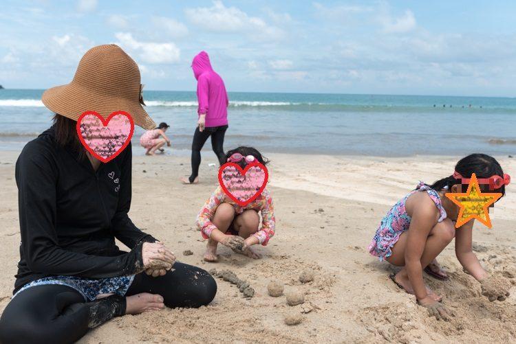 ジンバランビーチで海遊び-3